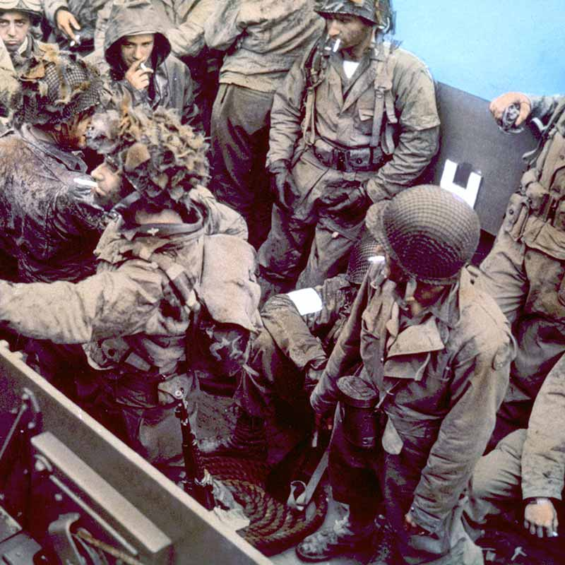 US troops on D-Day landing craft
