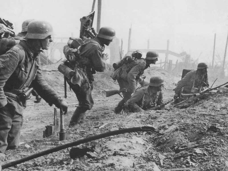Stalingrad: Turning Point of the Eastern Front